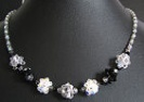Black and silver bead clusters necklace kit