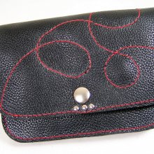 Pochette cuir pour ceinture, sûre et discrète. Accessoire cool et chic.