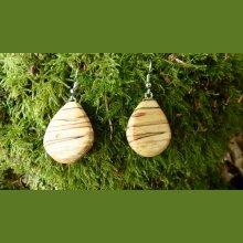 Boucles d'oreille en bois local
