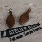 boucles d'oreilles bijoux éthiques en bois massif fabrication artisanale noyer ciré, fait main