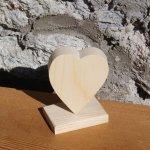 Coeur en bois 6 x 7.5 cm sur socle, marque place mariage, décoration saint valentin, noces de bois