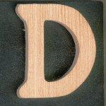 Lettre D en bois massif a peindre et a coller, fait main