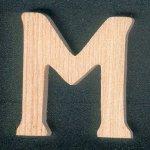 Lettre M en bois a peindre et a coller hauteur 5 m