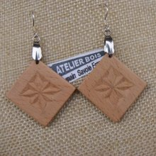 boucles d'oreilles carrée découpée sculptée bijoux nature bois massif Hetre fait main