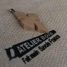 pendentif croix en bois de Frêne ciré bijou éthique, fait main