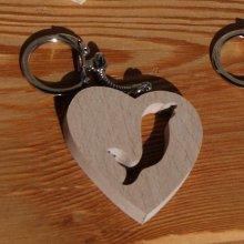 porte clef coeur et dauphin, fabrication artisanale en bois massif