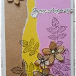 Joyeux Anniversaire cette carte au féminin avec son combo jaune marron rose et ses fleurs