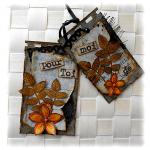 Minis cartes en duo scrapées altérées, rétro, sur fond gris et fleur orange 'Pour toi de moi'