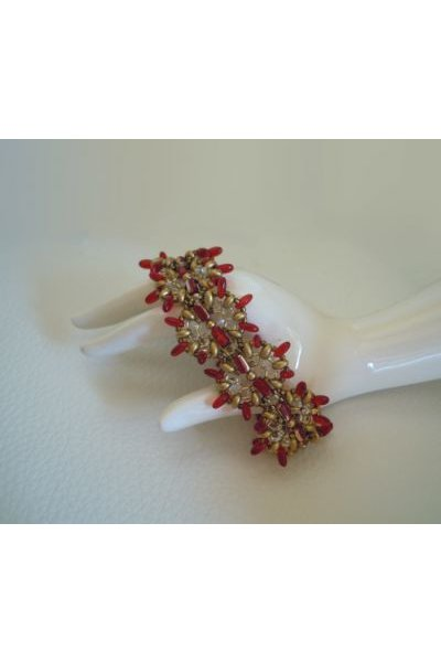 Red and golden Indiana bracelet tutorial