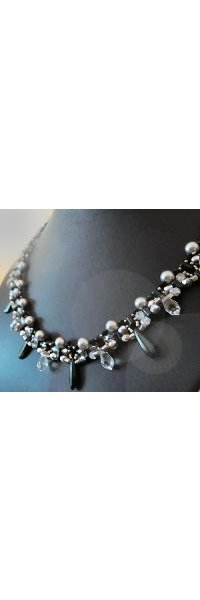 Black Rulladia Necklace pattern