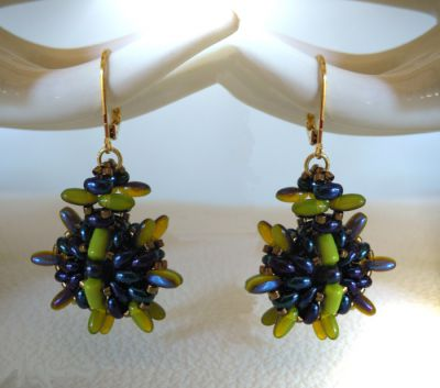 Olivine Indiana earrings tutorial