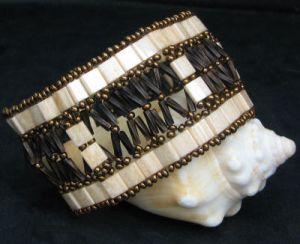Tila and Twist windows Bracelet Pattern