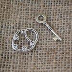 Fermoir en T Serrure et clé  30 mm argenté vielli
