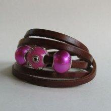 Bracelet 5 tours cuir marron perles Fuchsia
