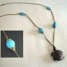 Sautoir pendentif gousset tortue pierres turquoises