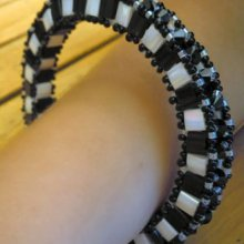 Bracelet Tila Anneau 3D Noir&blanc (petit) en kit