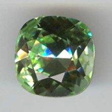 Cabochon swarovski carré 12mm chrysolite