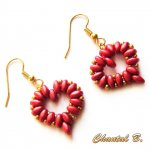 boucles d'oreilles Saint Valentin coeur perles rouge corail et or soirée mariage cérémonie plaqué or