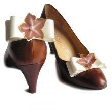 clips chaussures noeud satin ivoire mariée et fleur de soie chocolat mariage