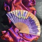 L'écharpe et son éventail en soie 'Irisoie'