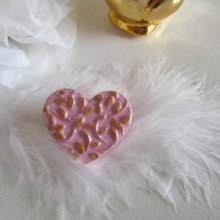 Broche coeur rose et or, arabesques