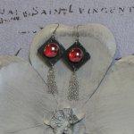 Grosses Boucles d'Oreilles pour Femme en Ardoise et Cabochon Rouge, création Unique
