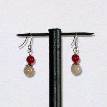 boucles d'oreille crème et rouge pour oreilles percées