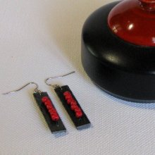 Boucles d'oreille Longues pour Femme en Ardoise avec perles Rouge, Création Artisanale