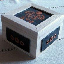 boîte en bois tortue émaillée style tribal émaillée sur ardoise, fait main