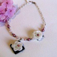 collier plastron romantiquue fleur tissu blanc perle nacrée pour mariage