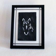 tableau tête de cheval blanc sur ardoise