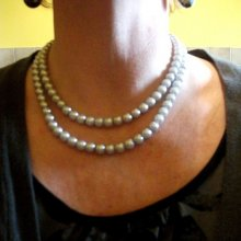 COLLIER EN PERLES 2 RANGS GRIS CLAIR