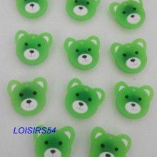 Boutons plastique ourson vert lot de 11 de 25 mm pour la couture
