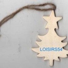 Sapin en bois et étoile 6 cm pour décoration