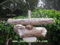 Relook d 39 un lampadaire en bois flott - Fabriquer des objets en bois flotte ...