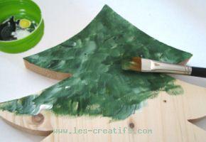 Centre de table sapin en bois pour no l - Comment decorer un sapin blanc ...
