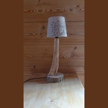 Lampe de table en bois sec