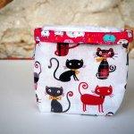 Pochon réversible et 7 lingettes démaquillantes lavables, coton, tissu chats Rouges/noirs