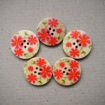 Gros bouton bois, vendu à l'unité, 30mm, naturel marguerites rouges