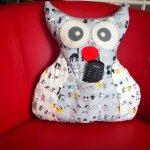 Chouette/hibou debout 41x35cm, chats tons gris porte télécommandes, téléphone, sucette enfantcadeau fête