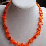 Collier simple nacre, orange, ras du cou, 42cm, nacre irrégulière rectangle de 6 à  12mm