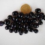 Lot de 30 perles en verre différentes, tons noirs  brillant 8 à 12mm