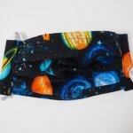 Masque en tissu , plissé, avec pince-nez, 3 épaisseurs, espace, planètes