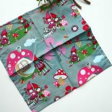 Petit mouchoir/serviette, coton , lavable, réutilisable, 27x27cm, gris lutins rose