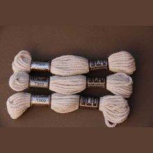 Echevette 8m  7300, ton beige rosé, 100% pure laine Colbert DMC