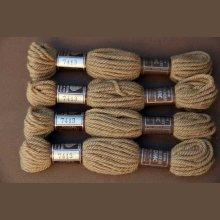 Echevette 8m  7413, ton beige foncé, 100% pure laine Colbert DMC