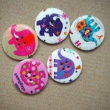 LOT 5 Gros boutons bois éléphants différents, ton violet/rose