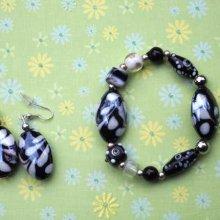 Bracelet+boucles d'oreilles ton noir et blanc: verre,   agate