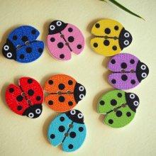 8 boutons bois, COCCINELLES, 18x16mm, 6 couleurs variées et différentes, couture, scrap, déco, customisation..