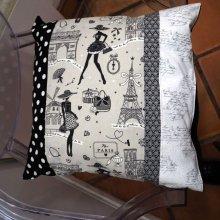 HOUSSE de coussin 43x43cm, parisienne fond taupe